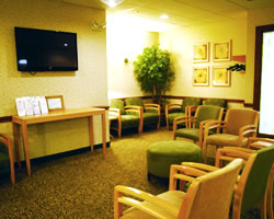 The waiting room of Breast Center at Imagecare.